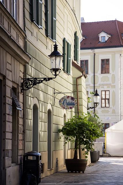 No. 1 Radničná, Bratislava, Slovakia