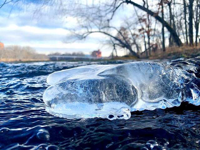 Ice on the Little Niagara.