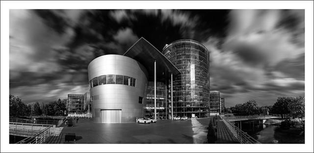 The Transparant (car) Factory