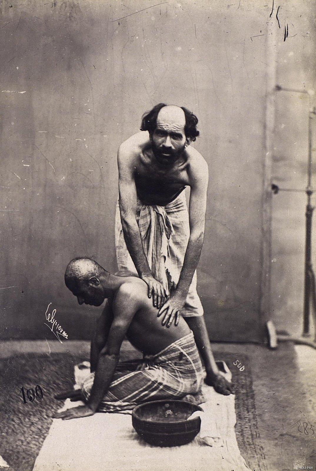 Банщик: массаж спины