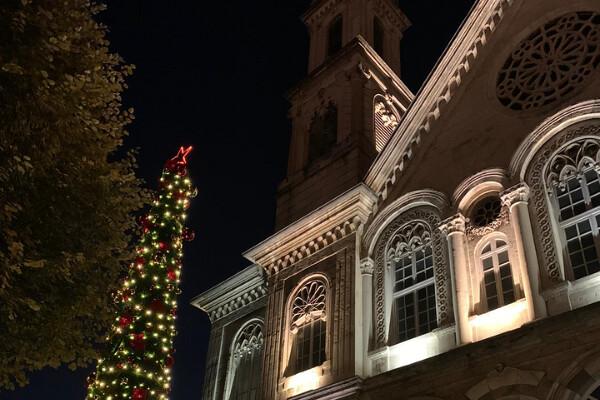 Στολισμός χριστουγεννιάτικου δέντρου Σταυροδρομίου (2 Δεκ, 2020)