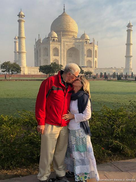 Kissing at the Taj Mahal