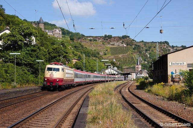 103 113-7 mit IC 119 nach Innsbruck