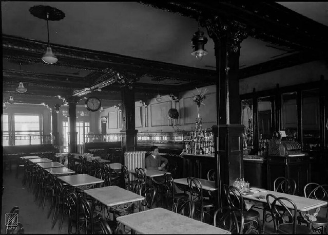 Bares y Cafeterías antiguos en Vitoria