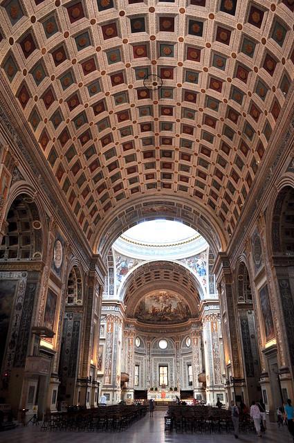 Vue sur la nef, basilique Saint André, Mantoue, province de Mantoue, Lombardie, Italie.