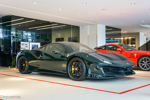 Ferrari Pista-Awesome Spec