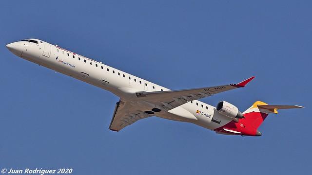 EC-MUG - Air Nostrum - Bombardier CRJ-1000 (CL-600-2E25) - PMI/LEPA