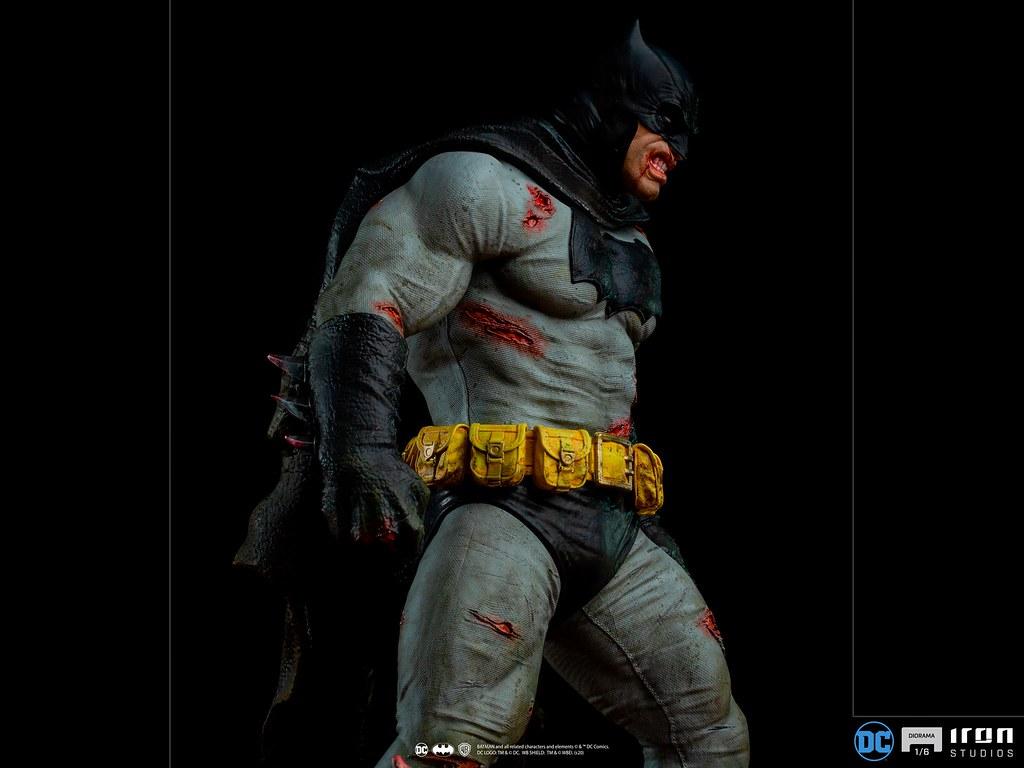 Iron Studios《蝙蝠俠:黑暗騎士歸來》蝙蝠俠 VS 變種人首領 1/6比例場景雕像
