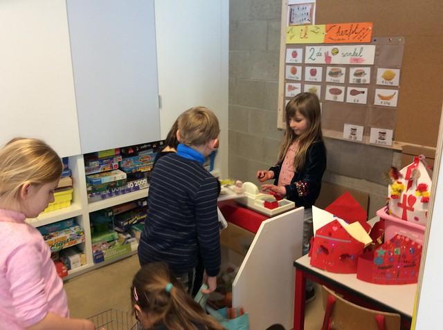 Samen Spelen Met Elkaars Speelgoed