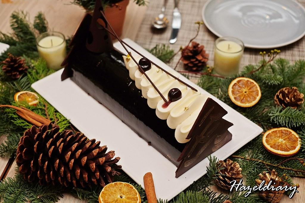 Four Seasons Hotel Singapore-Manjari Chocolate Hazelnut Royaltine and Amarena Cherry Yule Log
