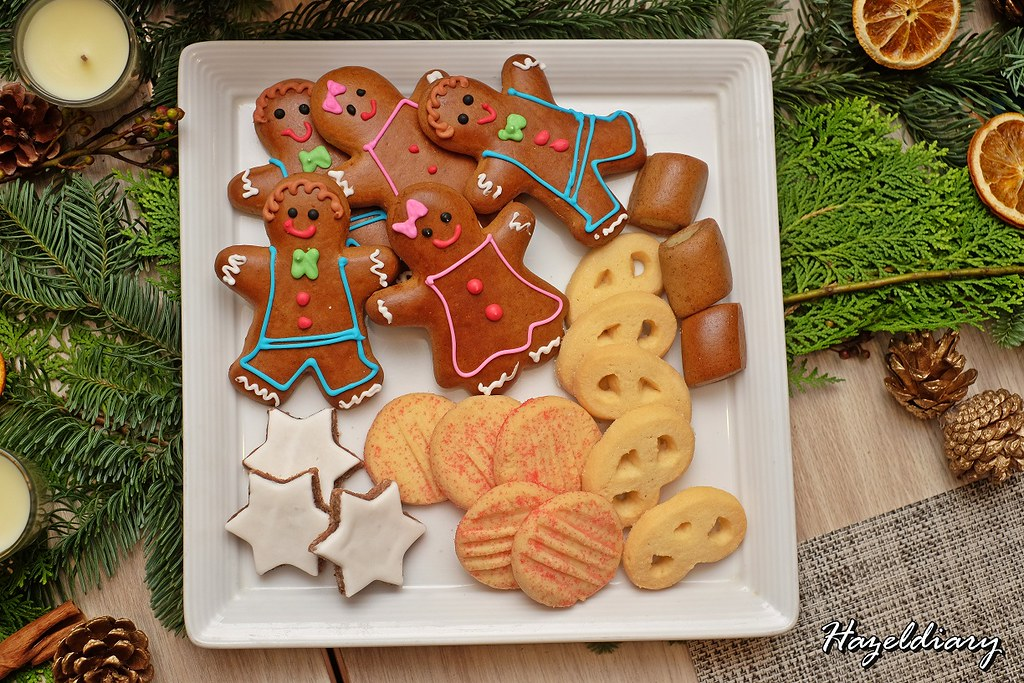 Four Seasons Hotel Singapore-Holiday Cookies and Sweets