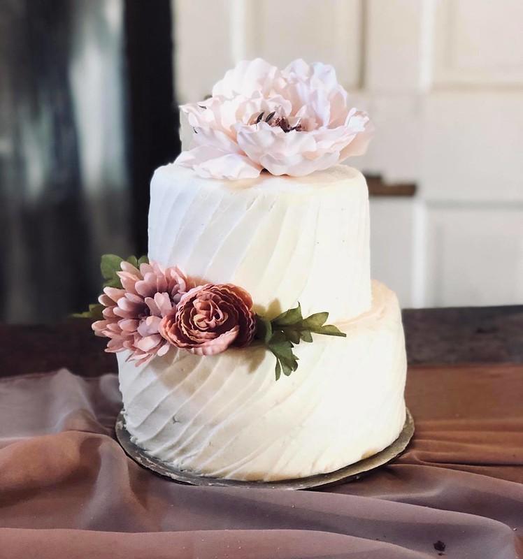 Cake by OMG Cakes & Treats
