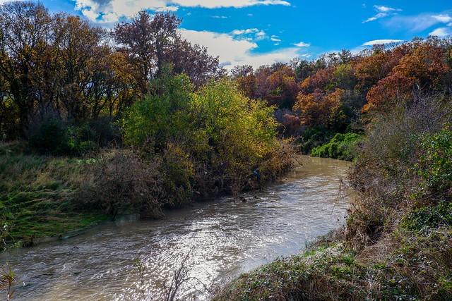 il fiume Lato in autunno