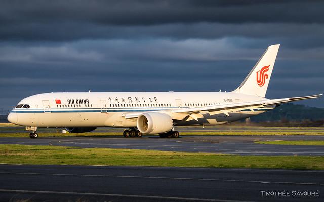 CDG | Air China Boeing 787-9 Dreamliner | B-7879