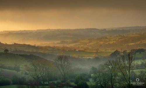 alport derbyshire sunrise nikond7100 manfrotto mist fog