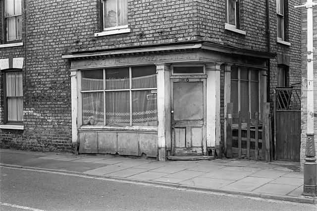Former shop, Lees Walk, Hull, 1979 19n45