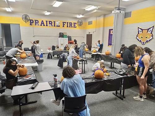 W_Soccer_Pumpkin_Carving_48232