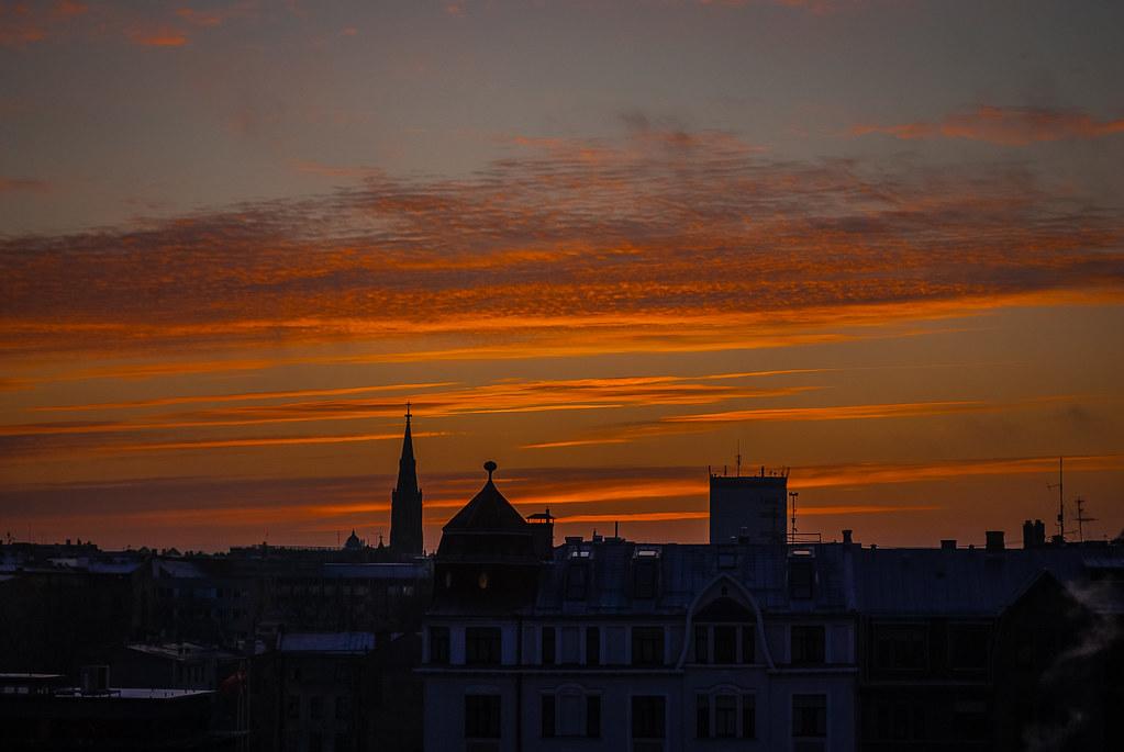 Excellent evening sky captures 09:38:53 DSC_9407