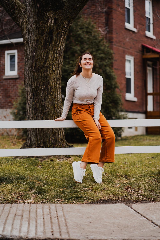 marie-chloé falardeau pantalons orange