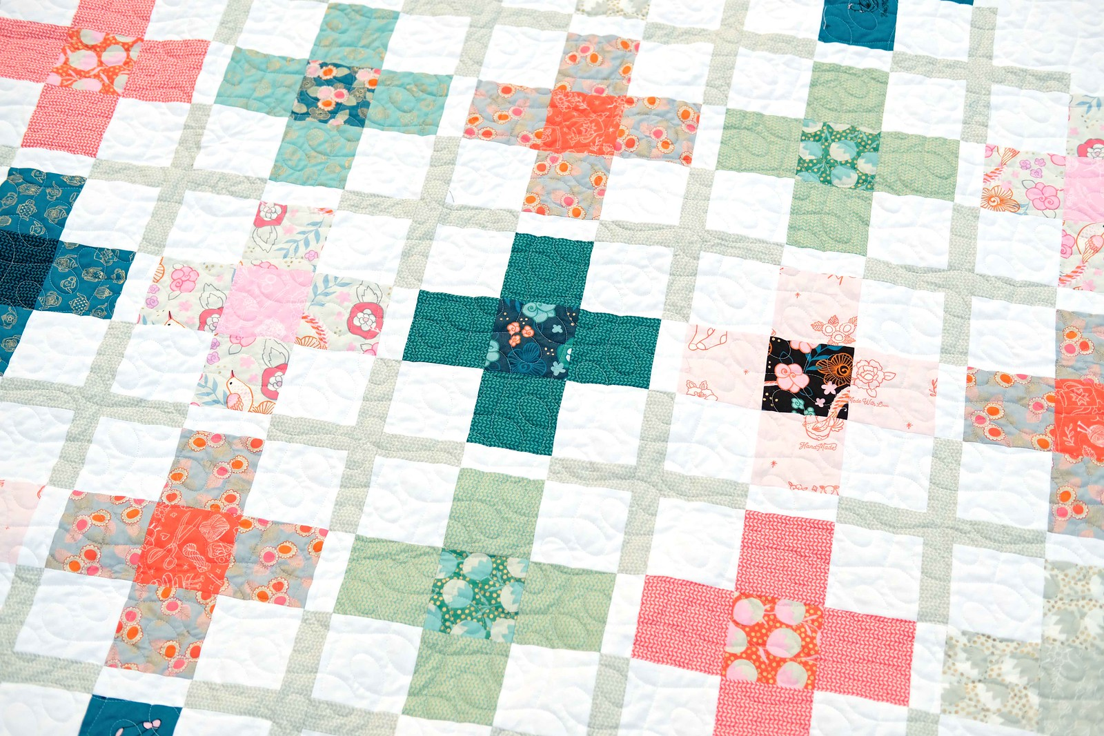 The Ruth Quilt Pattern in Purl - Kitchen Table Quilting