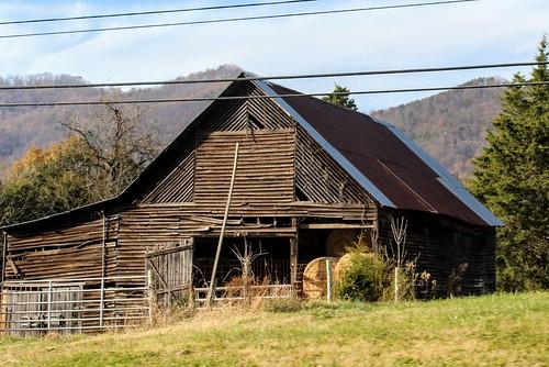 barns oldbarns easttennessee appalachia landscape farm countryside canon