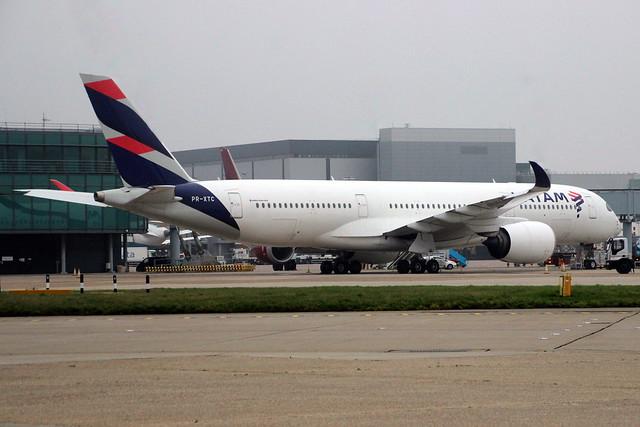 PR-XTC A350 35 LHR 7-Dec-20