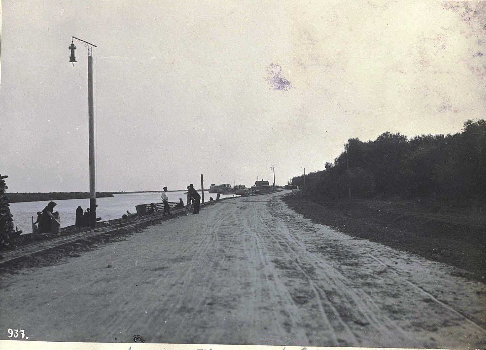 Дорога вдоль реки1