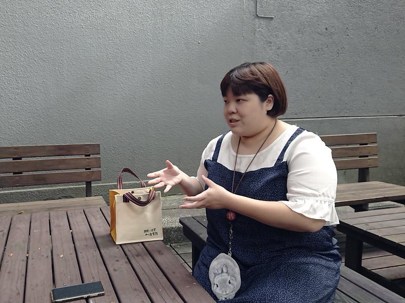 公領專導李立旻接受採訪。圖/孫亦凡攝