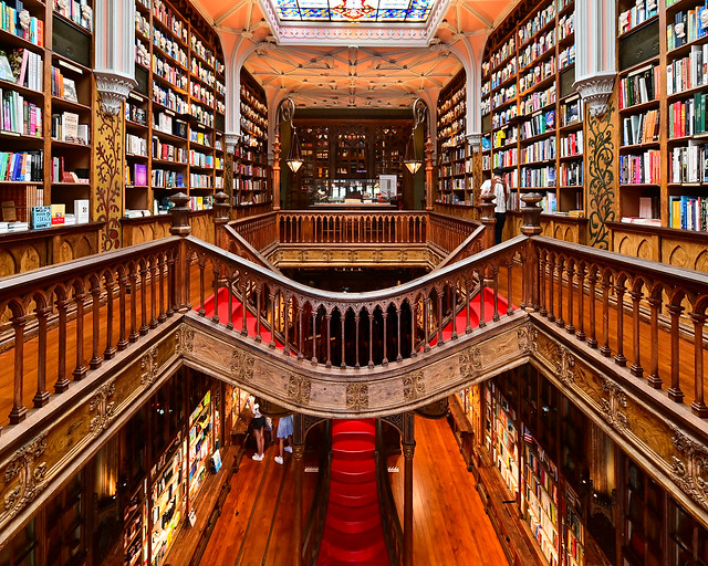 Planta superior de la librería Lello de Oporto