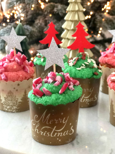 Christmas Peppermint Cupcakes