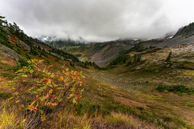 Chain Lakes Loop Trail