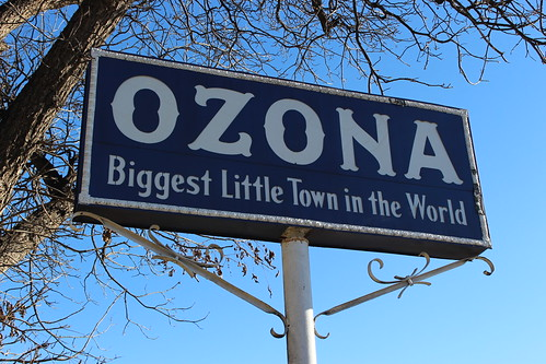 ozonatx ozona texas sign