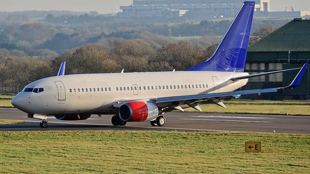 Boeing 737 -76N SE-RJR SAS