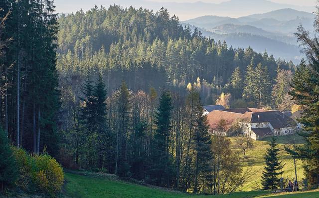 well hidden Farmhouse