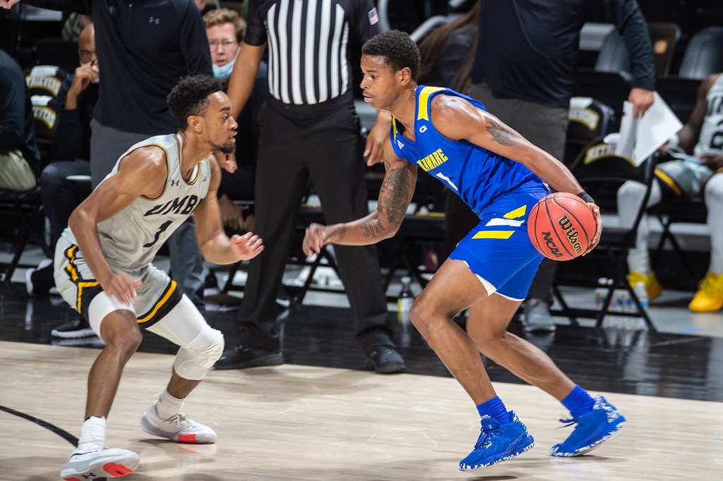 Shooting struggles throughout lead Blue Hens to first defeat against UMBC