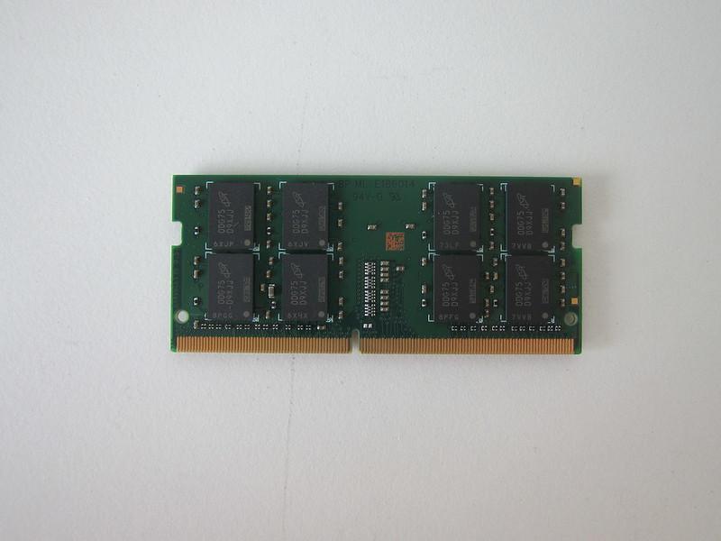 Crucial 8GB DDR4 2666 (PC4-21300) SODIMM 260-Pin RAM - Back