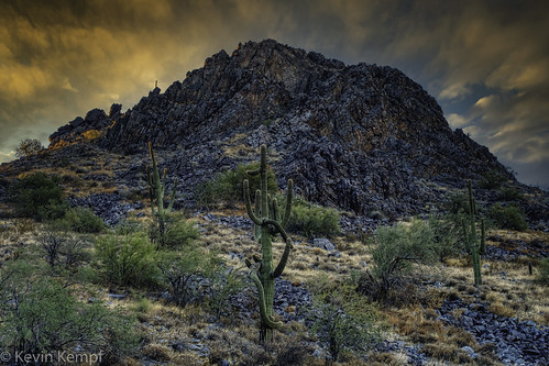 arizona hiking mcdowellsonoranpreserve scottsdale sunrise mountain cactus clouds goldenhour