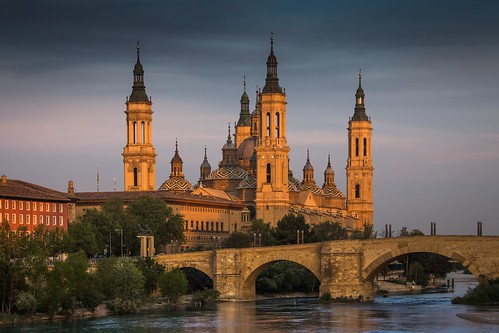 Our Lady of the Pillar, Zaragoza. From Great Pilgrimage Sites of Europe. Photo copyright Derry Brabbs