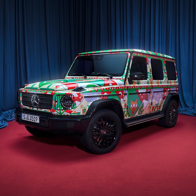 Mercedes-Benz-Ugly-Christmas-Sweater-6
