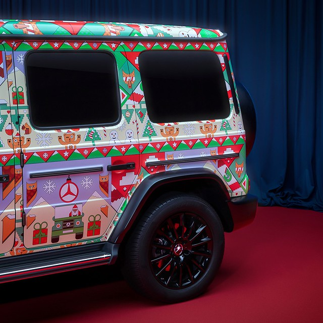 Mercedes-Benz-Ugly-Christmas-Sweater-9