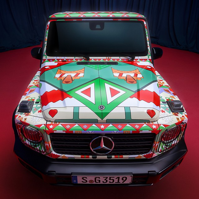 Mercedes-Benz-Ugly-Christmas-Sweater-8