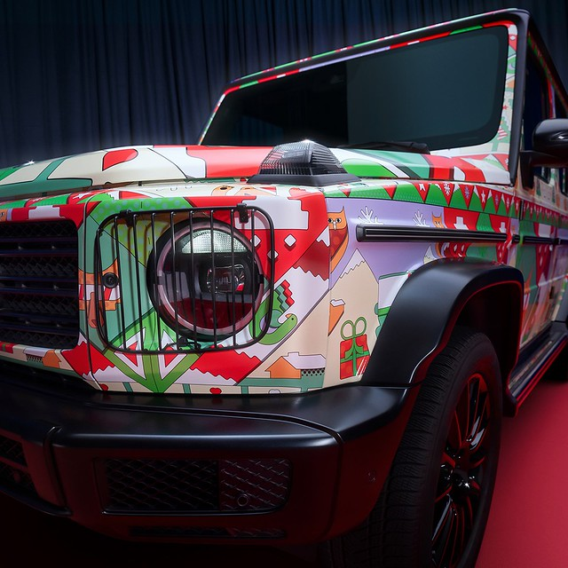 Mercedes-Benz-Ugly-Christmas-Sweater-7