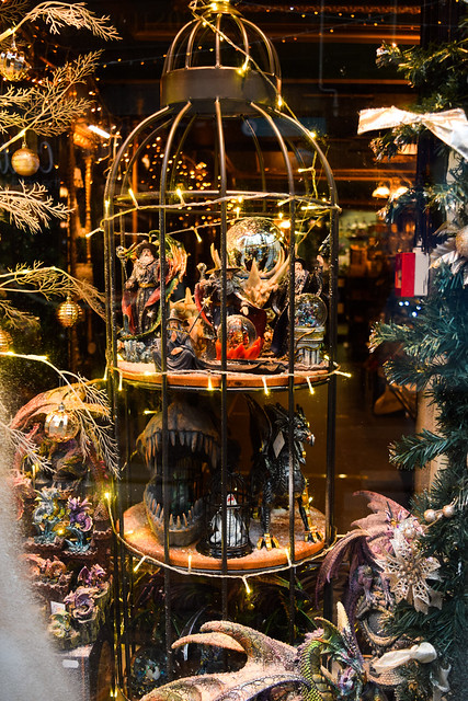 House of Secrets Fitzgerald Jewellers Canterbury Christmas Window Details 2020