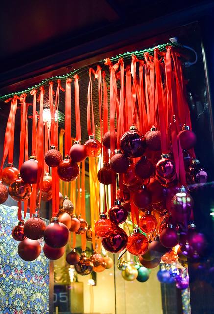 Fitzgerald Jewellers Canterbury Christmas Window Display 2020
