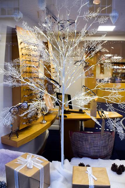 Pybus Opticians Canterbury Christmas Windows 2020
