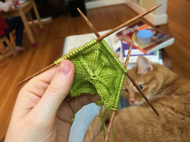 Making a star, step 6: Picking up stitches from the i-cord for side 2