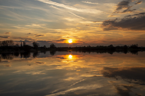 canon6d landscape nature outdoors outside lake water reflections sun sunset sky clouds uk cambridgeshire