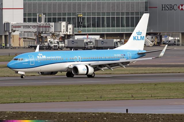 PH-BXD  -  Boeing 737-8K2 (WL)  -  KLM  -  LHR/EGLL 9/12/20