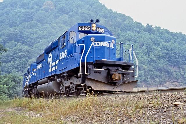 9/2/77, CR SD40-2 6365