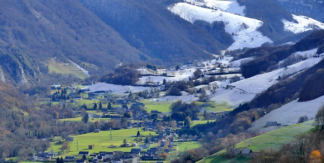 Galade- (Vallée de Campan, Hautes-Pyrénées, Occitanie, Fr) – La neige dans la vallée